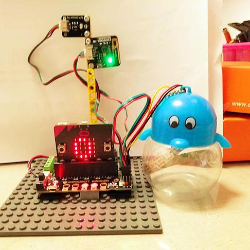基于micro:bit测紫外线科学探究