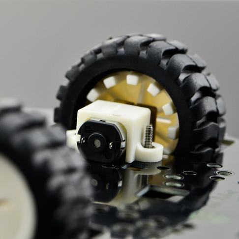 基于掌控板的智能开发小车