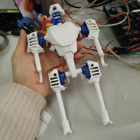 舵机机器人